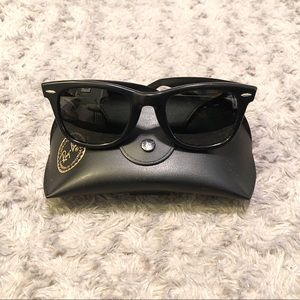 Vintage 80's B&L Ray Ban Wayfarer glasses.
